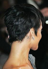Rihanna_pixiehairback2